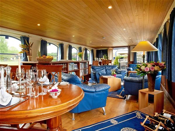 The spacious salon aboard the Magna Carta