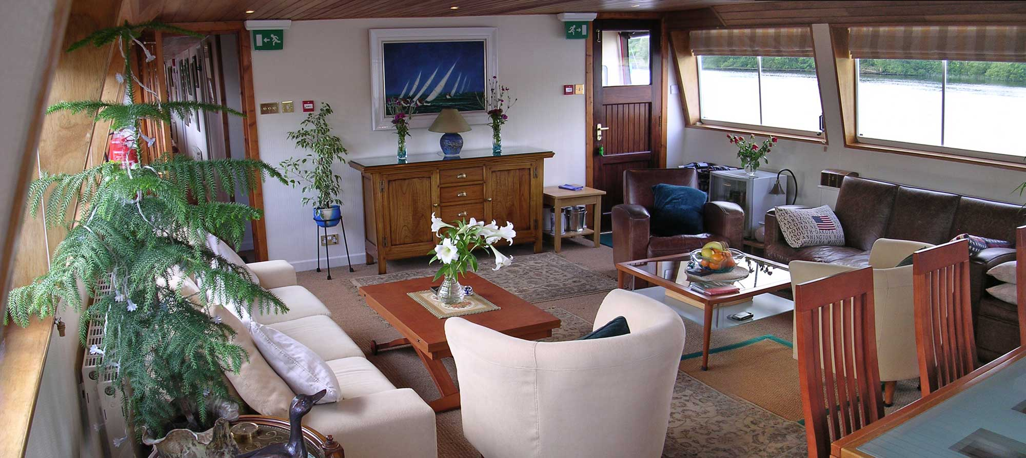 The Salon Aboard the Shannon Princess II.