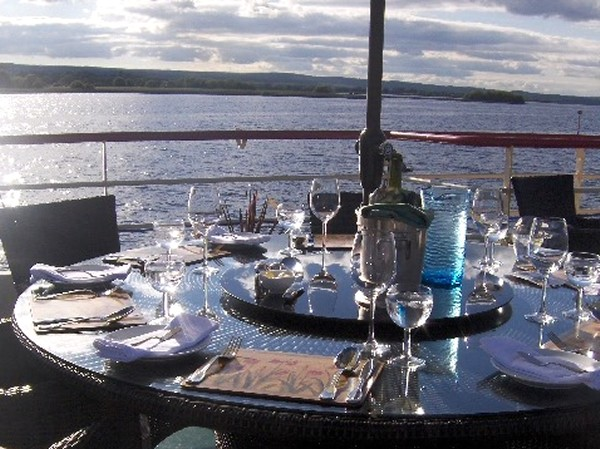 Enjoy alfresco dining on beautiful days and evenings aboard the Shannon Princess II