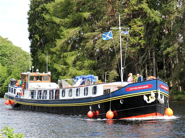 The First Class 8-passenger hotel barge Scottish Highlander