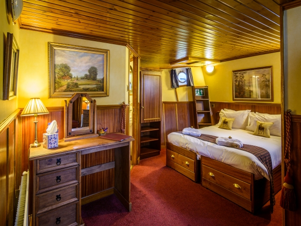 The Cameron suite aboard the Scottish Highlander